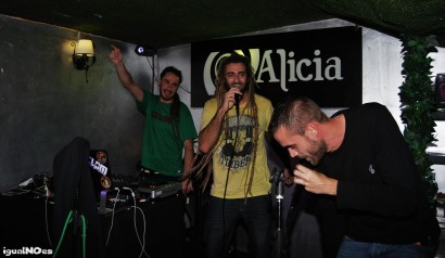 DJ ARROCIN ISAIAH DON VIRGILIO – PUB ALICIA 2012